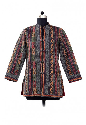 Reversible , Emroidered Jacket with side plain silk